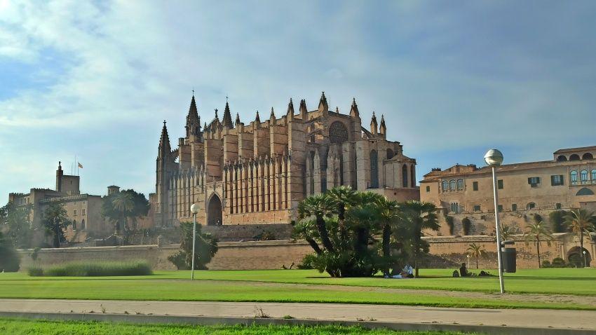 palma-mallorca-cathedral