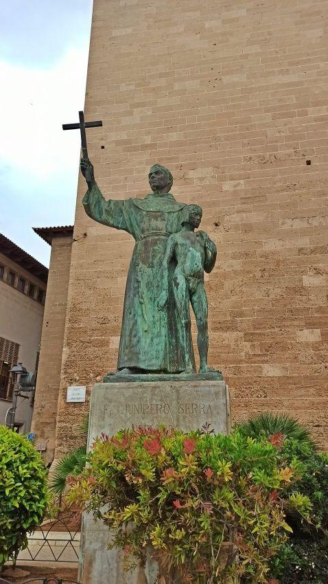 religion-statue-mallorca